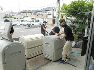 技術センター清流化ゴミ箱清掃